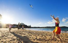 中央海岸阿沃卡海灘(Avoca Beach)